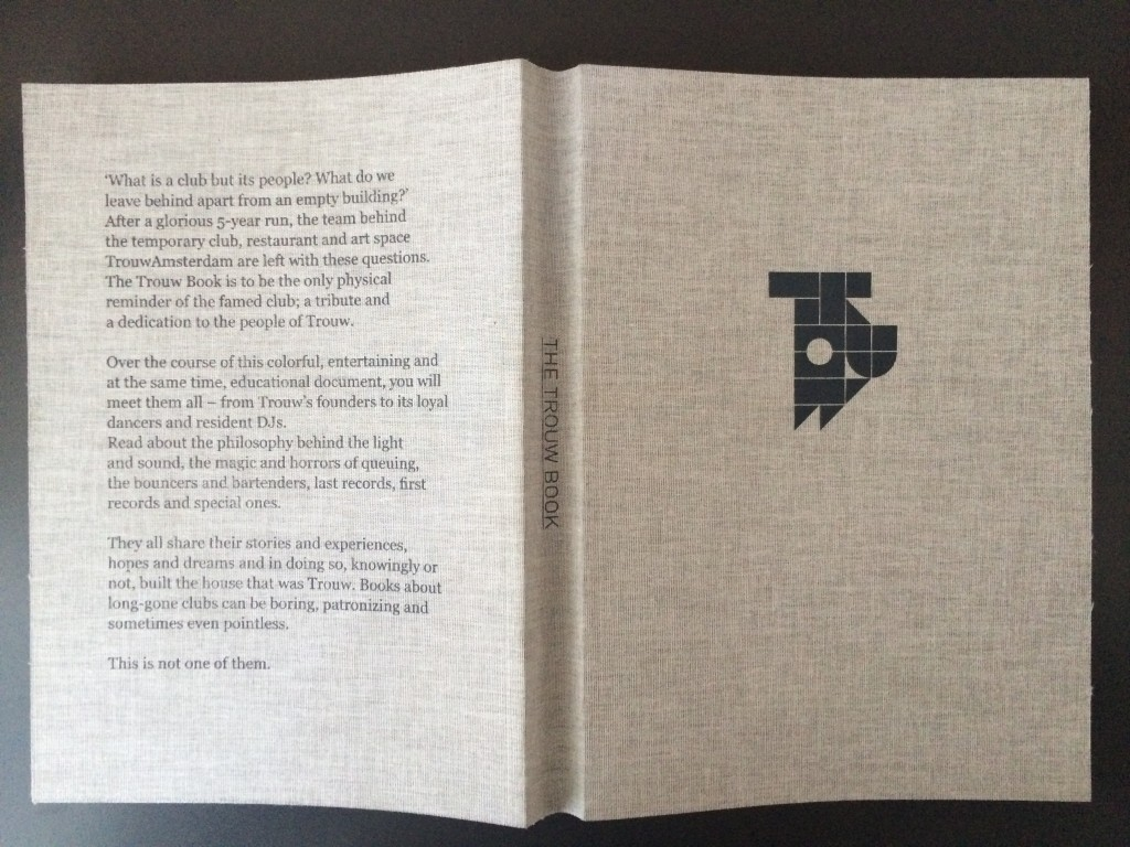 Trouw Book